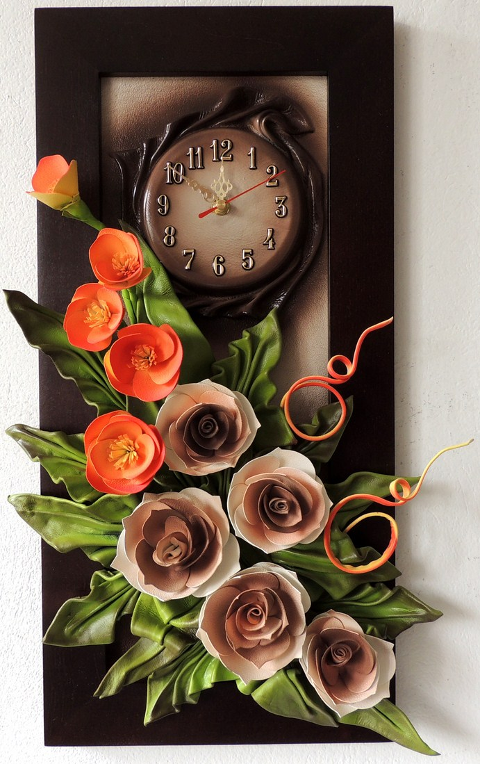 ORYGINALNA KOLORYSTYKA. LEATHER CLOCK. POLISH PRODUCER.