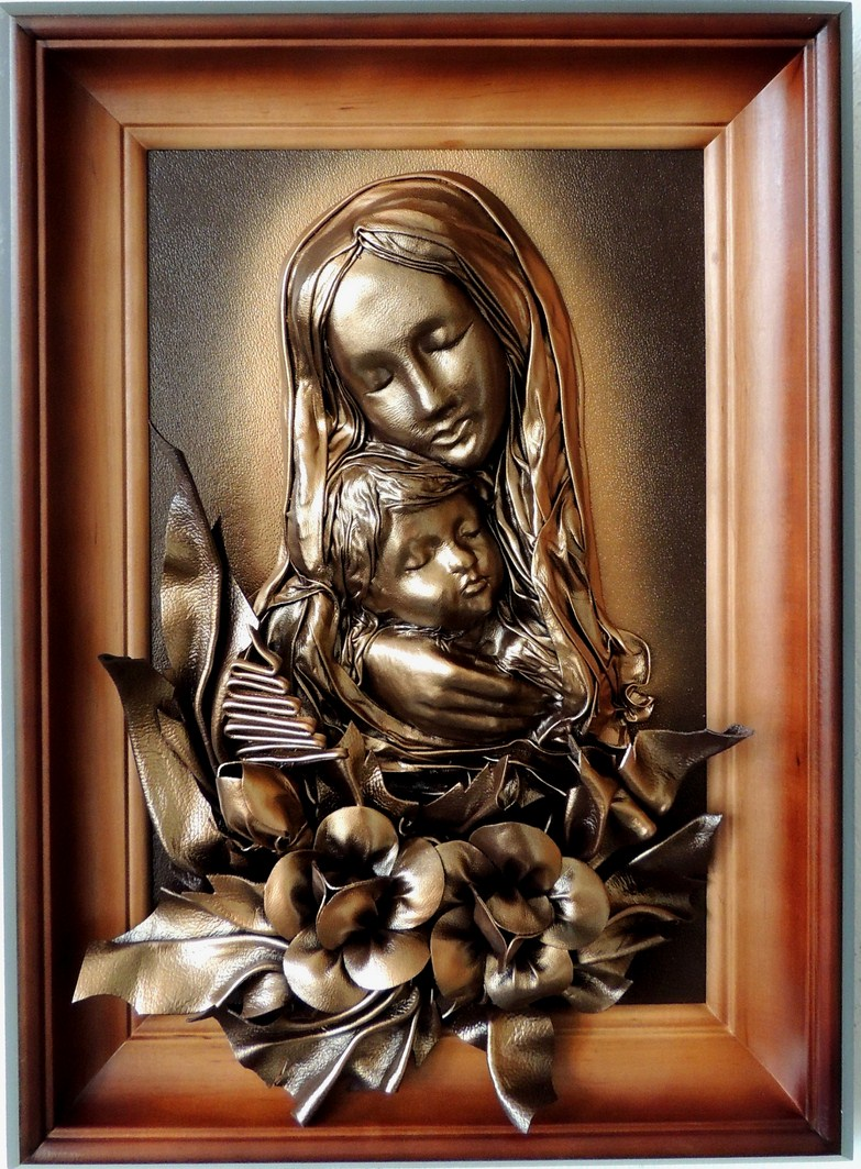 Obrazy z płaskorzeźbą Matki Bożej Maryii ze skóry,  Leather  Pictures of a relief to Mary the mother of God,  Картина кожа Рельєф Богоматері